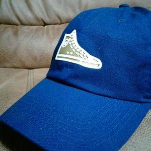 Converse chucks hat